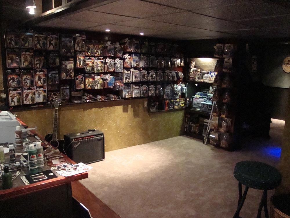Man Cave Bedroom : Gi joe bedroom and mancave hisstank