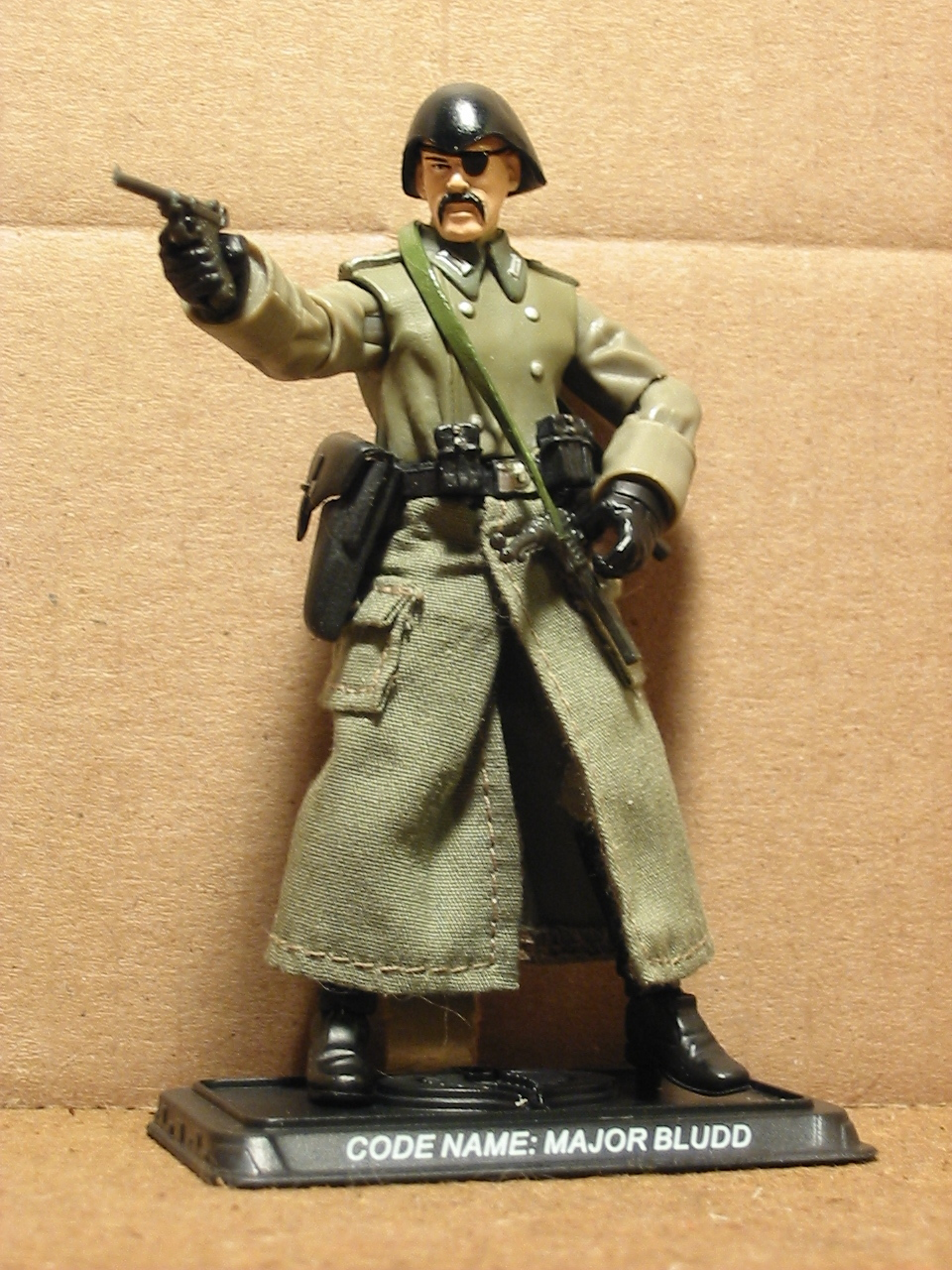 G.I. Jones:  Combining 25th Joes with the new Indy toys [PICS]-ssbludd.jpg