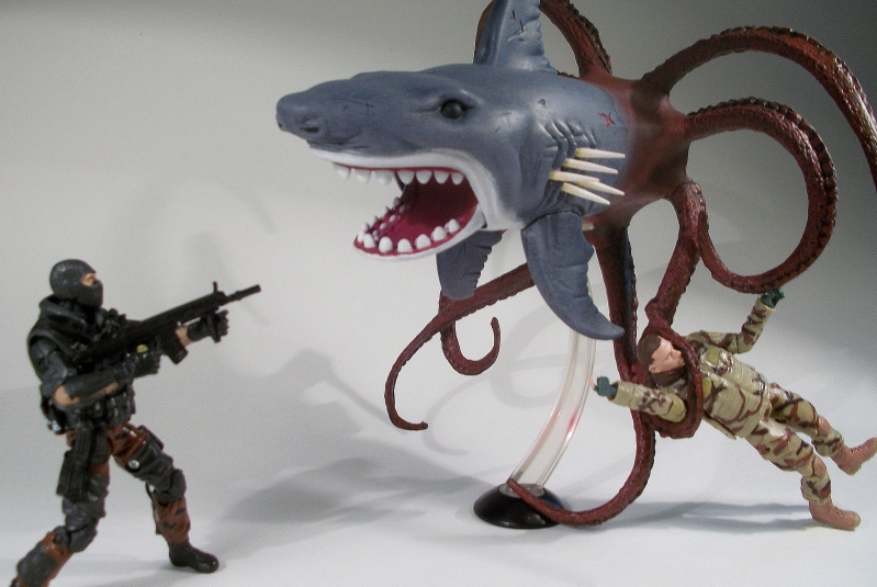 Shark Toys At Toys R Us : Sharktopus hisstank