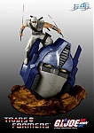 Prime Vs. Storm Shadow Statue In Full Color-news_58_photo1_large-1.jpg