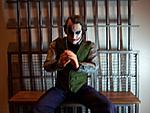 Jail cell environment for 1/6 scale Joker-joker-clap-2.jpg