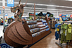 25-foot long cardboard ship (not Flagg) Walmart-walmart_how_i_met_your_dragon_display-1-.jpg